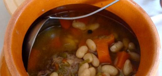 Soupe de queue de boeuf à la mogette