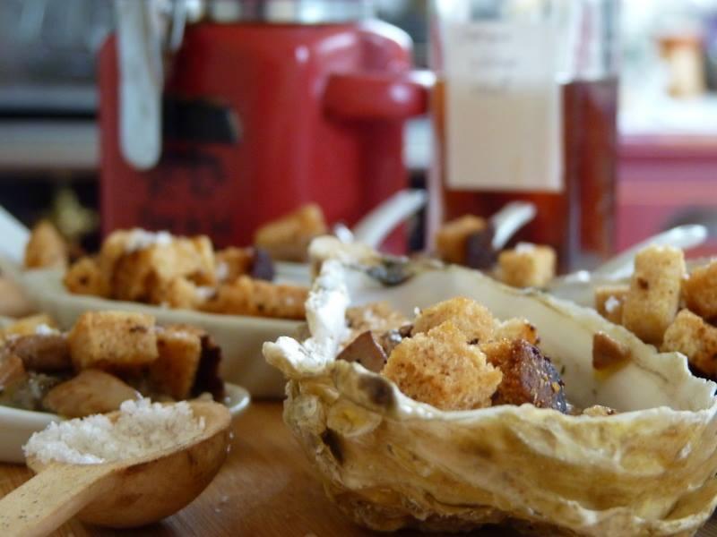 tartare d'huîtres au foie gras et pain d'épices