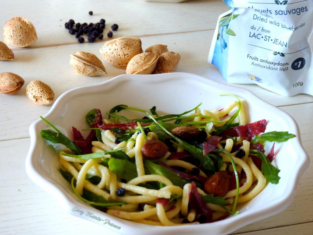 Salade de Späetzel bleuets séchés