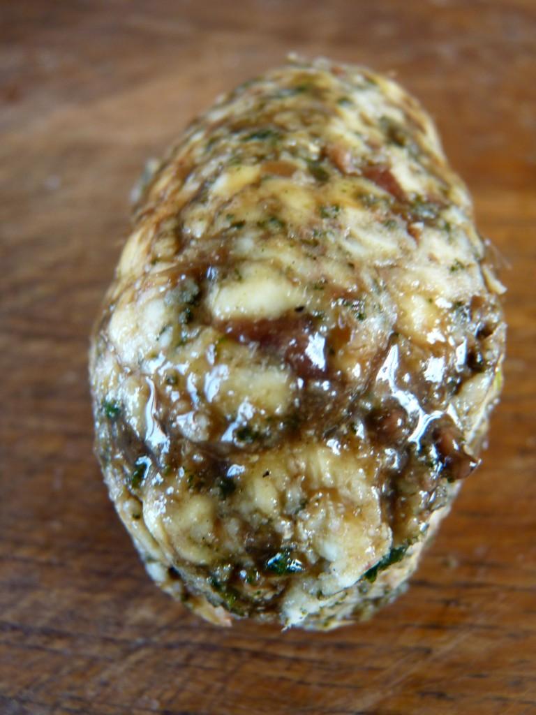 Beurre d'anchois et sauge