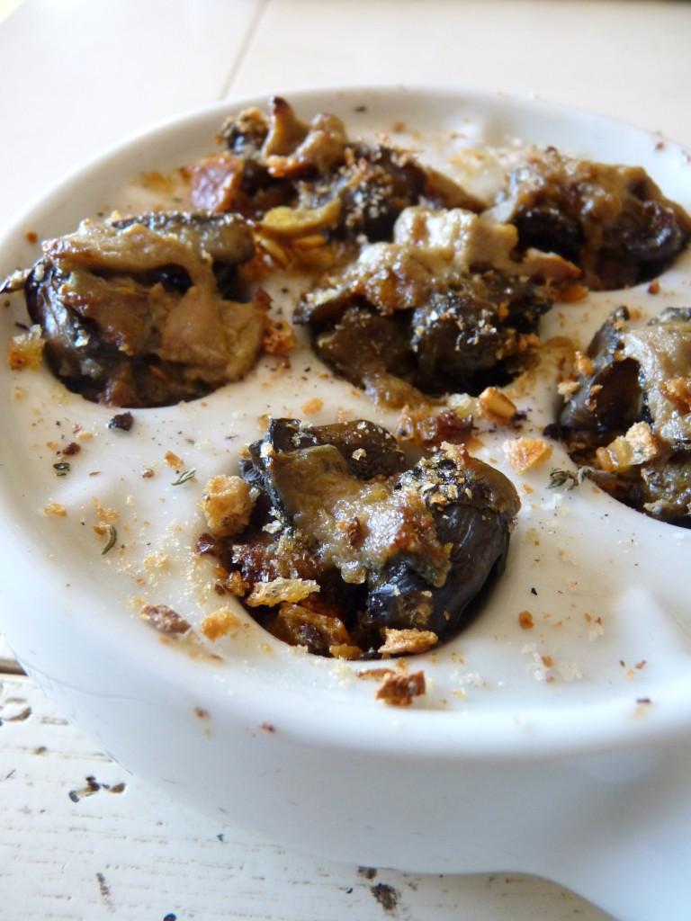 Cassolette d'escargots au foie gras.