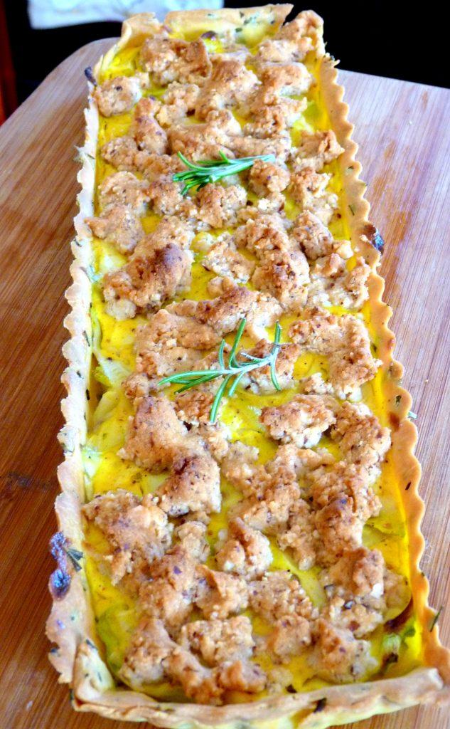 Tarte aux courgettes et ras-el-hanout, crumble parmesan