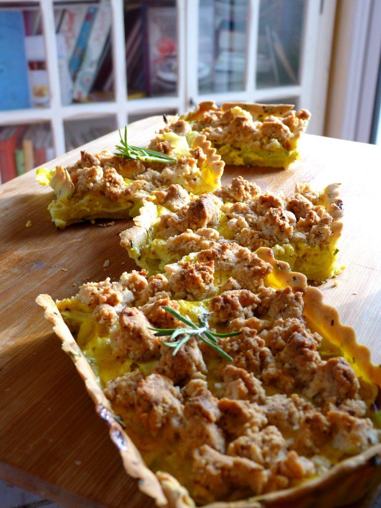 Tarte aux courgettes et ras-el-hanout, crumble au parmesan