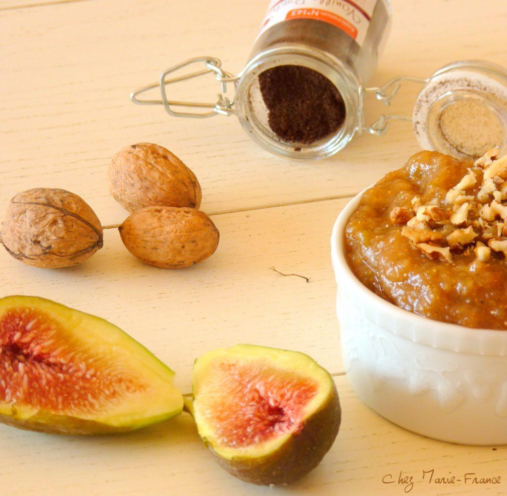Compotée de figues vanille gingembre aux noix