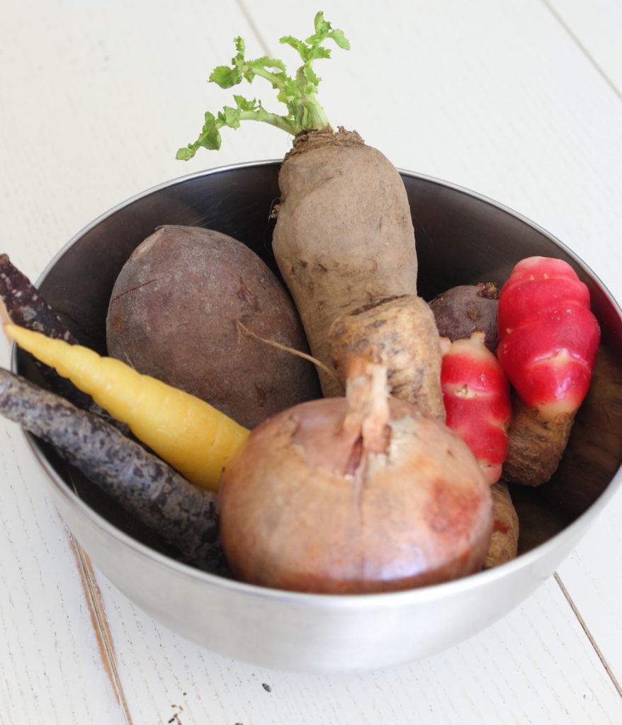 légumes anciens pour pot au feu d'huîtres au citron noir d'Iran
