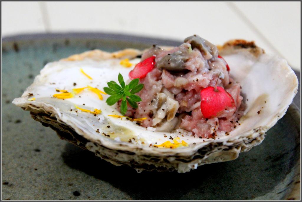 tartare de veau et huîtres combava